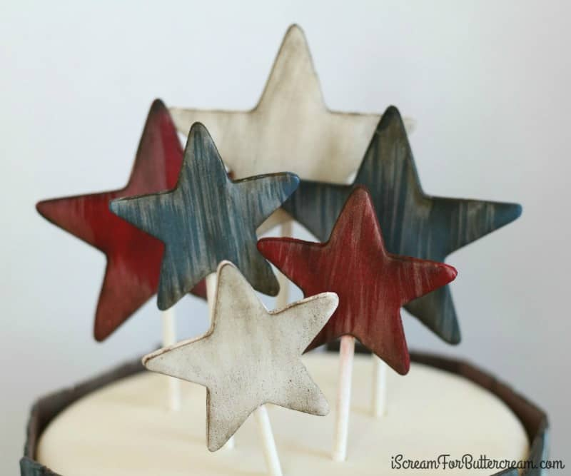 How to Make Rustic Fondant Star Cake Toppers