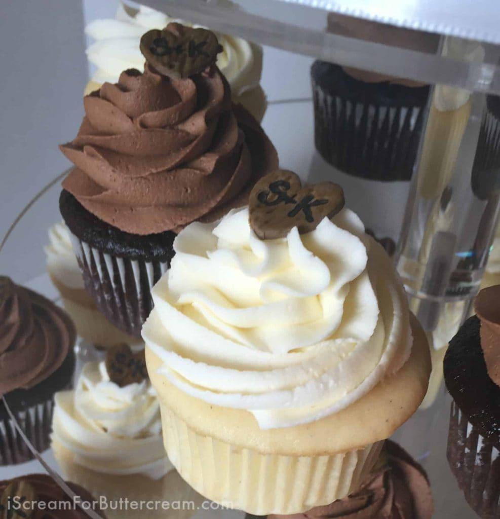 Fondant Woodgrain Initial Cupcake Toppers